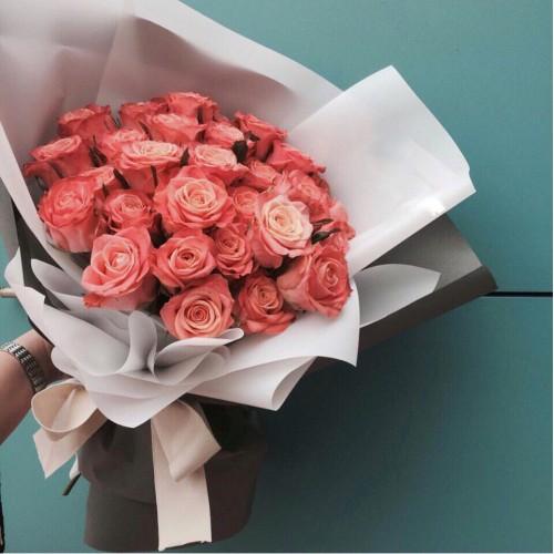 Купить на заказ Букет из 31 розовой розы с доставкой в Аксу