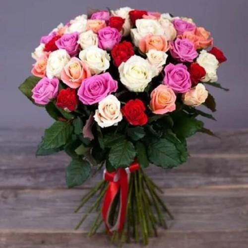 Купить на заказ Букет из 31 розы (микс) с доставкой в Аксу
